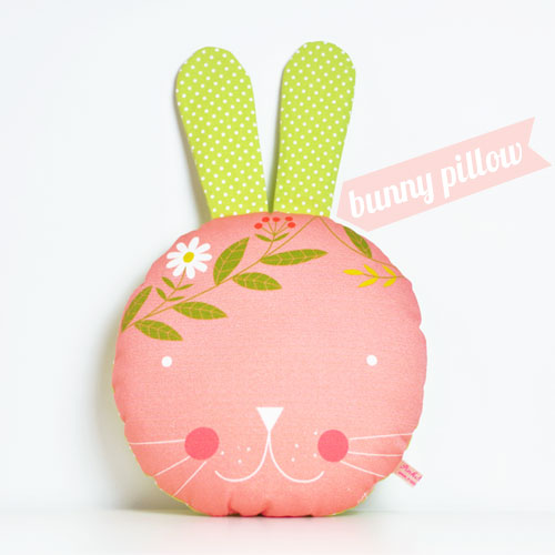 bunny-pillow-by-PinkNounou-1