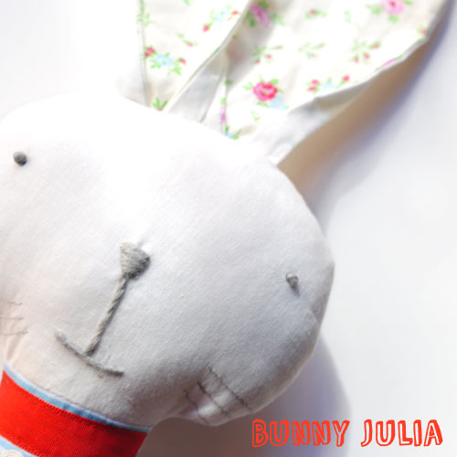 soft-toy-bunny-Julia-by-PinkNounou-2A