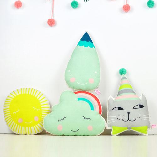 mini-decor-pillows-by-PinkNounou-2
