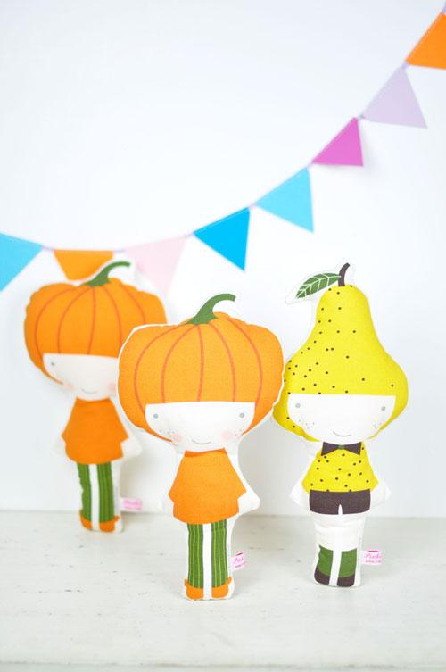 pumpkin-and-pear-dolls