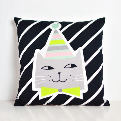 cat pillow by PinkNounou -2